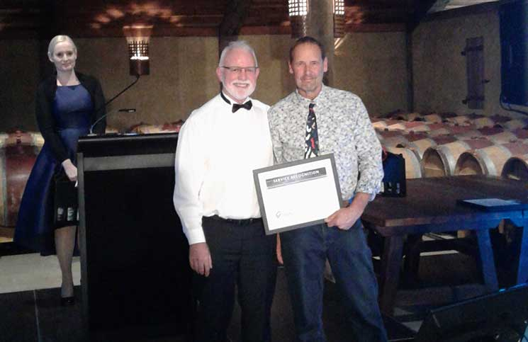 The dedicated service of Warren Nevill saw him win the NZIBS Service Recognition Award.